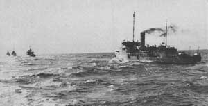 HMAS Doomba on convoy duty